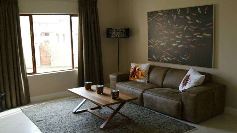 An Example Lounge - Crowthorne Village