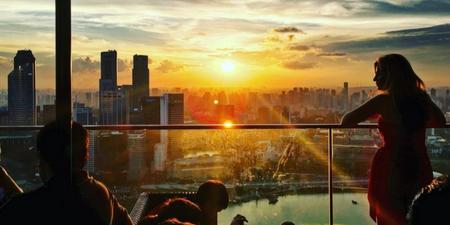 Enjoy the sunset everyday at CÉ LA VI's Sunset Sessions