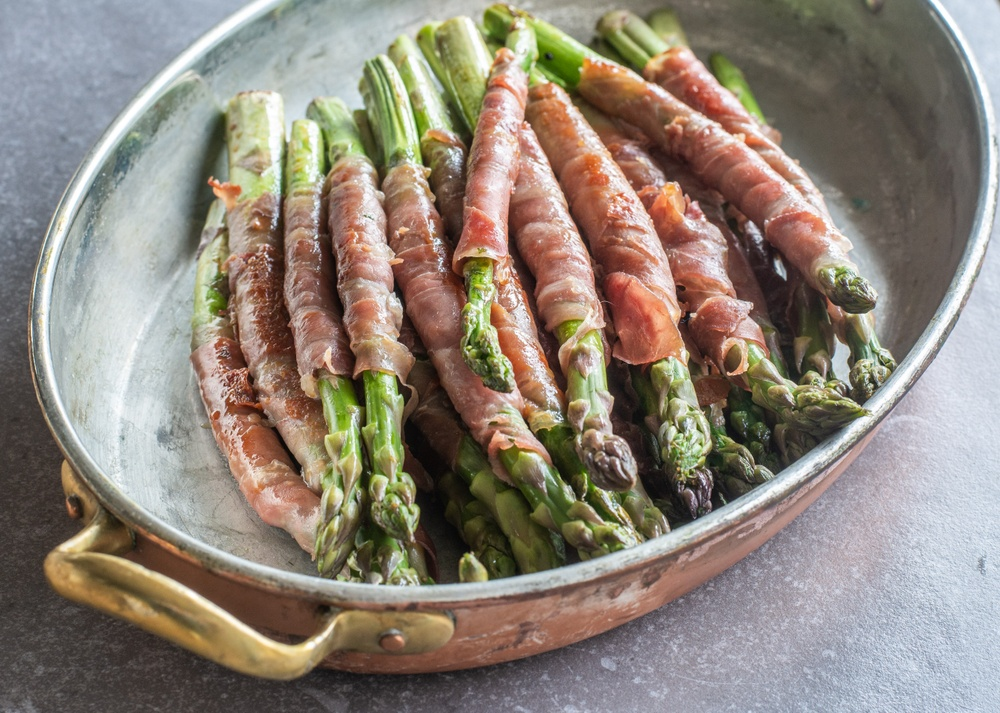 Serranolindad sparris – passar perfekt som plockmat och tillbehör till grillen.