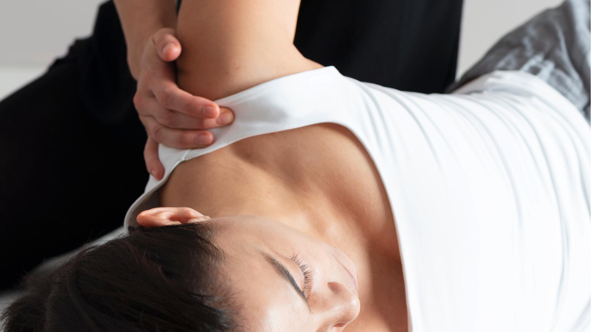 Représentation de la formation : Technicien spa et bien-être Bloc 1 Module E-LEARNING Massage THAILANDAIS AU SOL