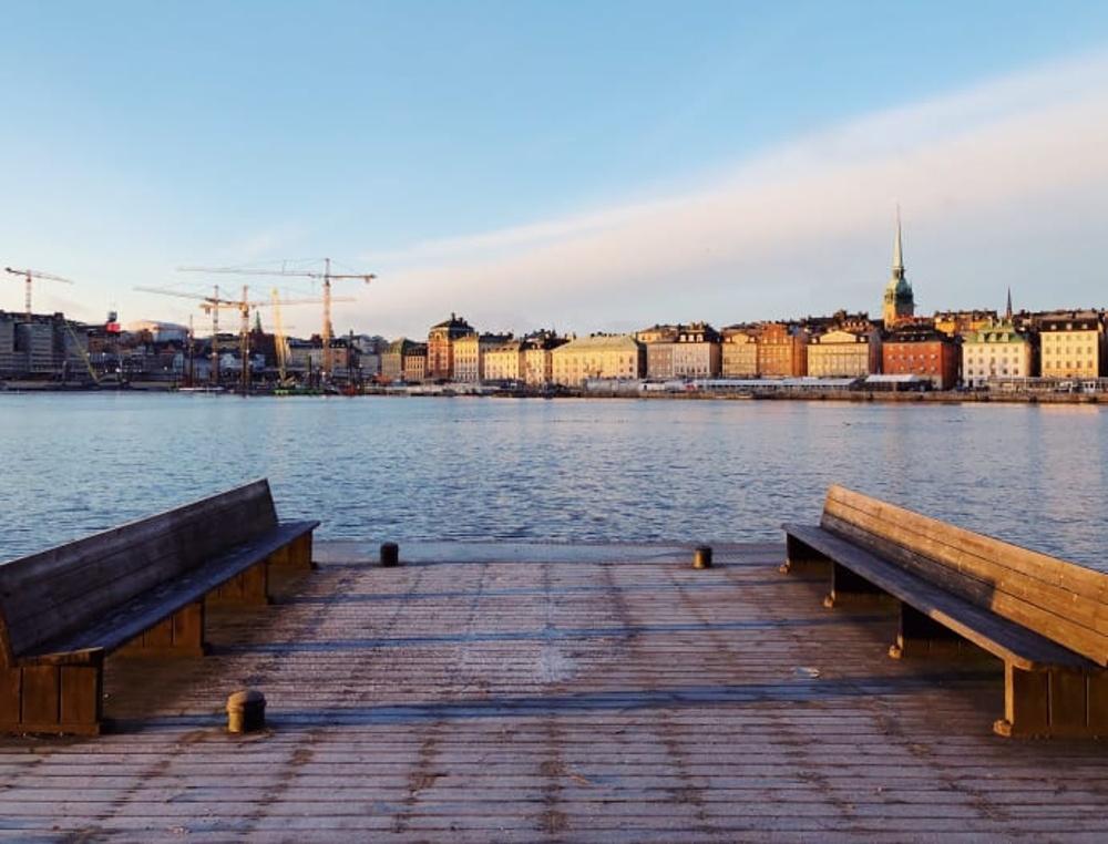 I utställningen Arkitekturvisioner: Skeppsbron har åtta arkitekter och arkitektkontor skapat enastående och storskaliga ritningar och modeller av spekulativa förslag för ett framtida Skeppsbron och Skeppsbrokajen i Stockholm.