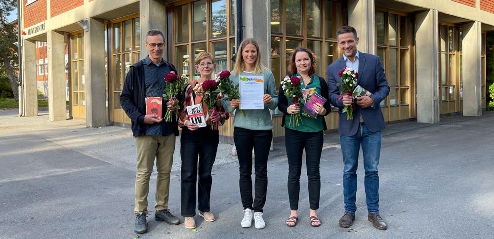 Lärarna på bilden är från vänster David Longo, Åsa Aksberg, Jessica Liljedahl, Sophia Barthelson och Per Lindblom.