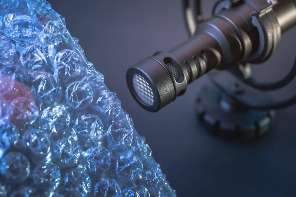 ASMR-mikrofon och bubbelplast - autonom sensorisk Meridian Response. Istockphoto.