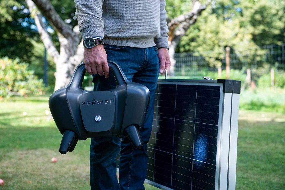 Spowdi utvecklar en energisnål, soldriven vattenpump för småjordbruk
