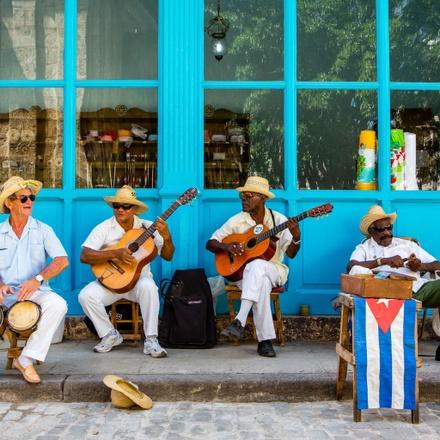 Cuba - Revolution Past & Present