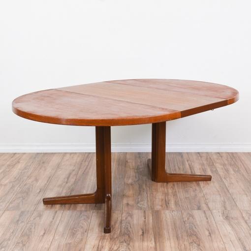 Danish modern round dining table w 1 leaf loveseat for Round dining table w leaf