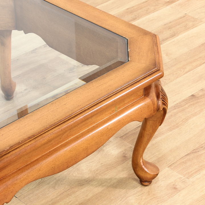 Coffee Table Square Legs: Glass Top Square Coffee Table W/ Queen Anne Legs
