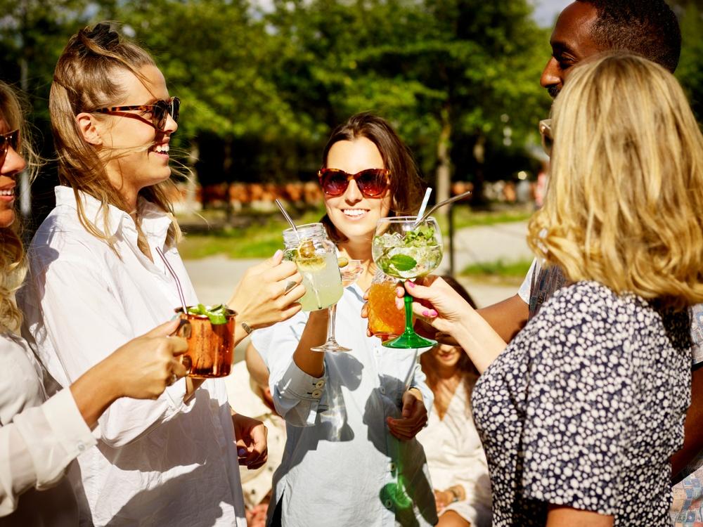 Cocktails på Mama Giòs terrass.