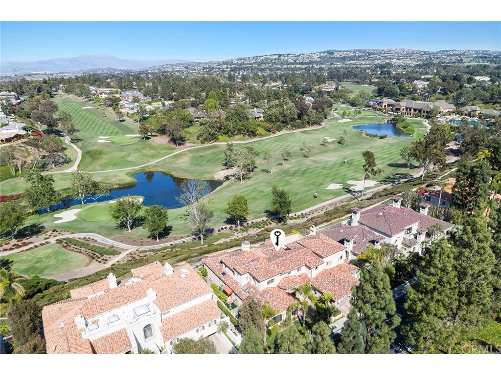 8 Canyon Fairway - $4.250M