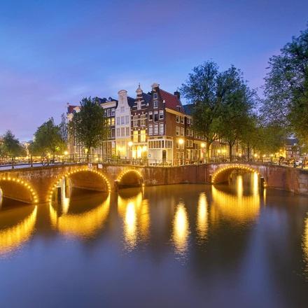 Amsterdam Festive Season & Light Festival