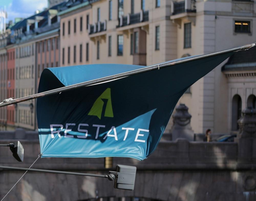 Restate flagga Kungsgatan 26