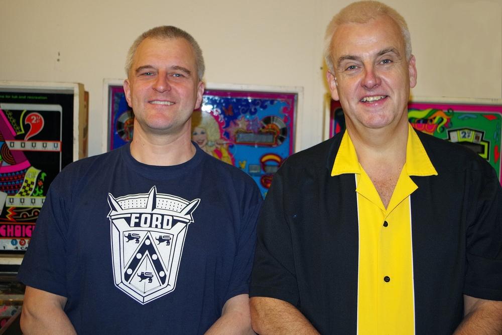 Utställningen TILT! är producerad av två av landets storsamlare och kännare av flipperspel, Mats Holmqvist och Claes Johansson, i samarbete med Västergötlands museum.
