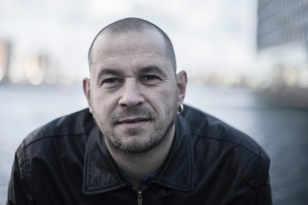 Kasper Sørensen, i Story Fight Night på Berättarfestivalen 2019.