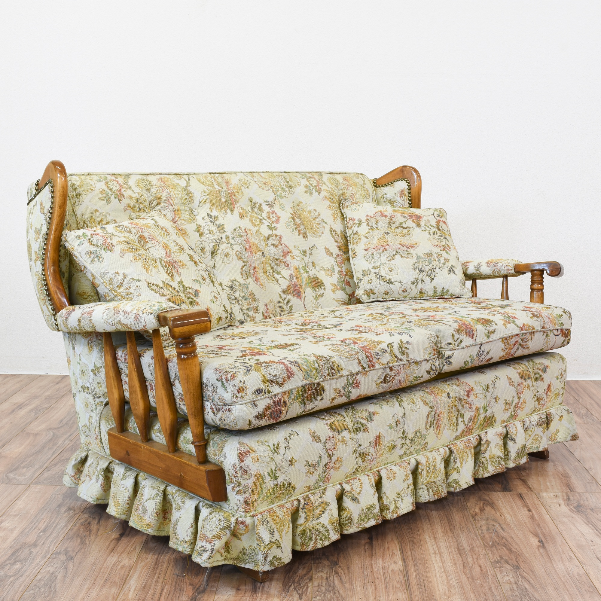 Floral country rocking sofa loveseat loveseat vintage for Couch and loveseat
