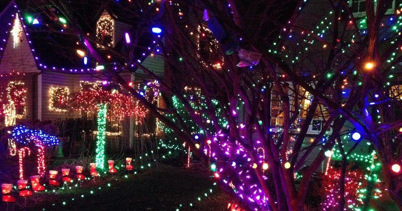 the most wonderful time of the year - Christmas Light Tour