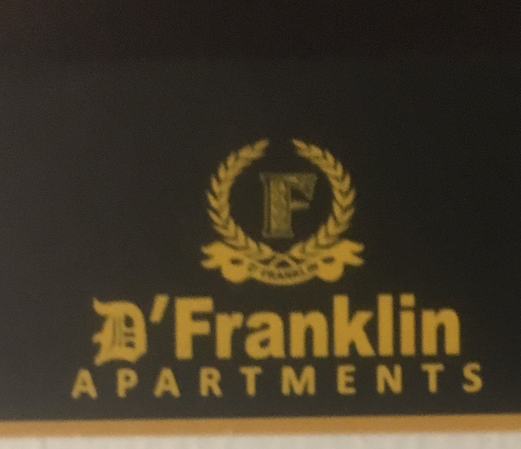 D'franklin Apartments