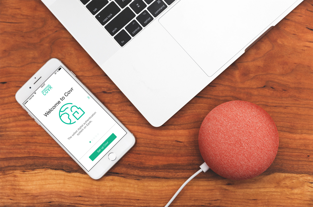 With Covr, you can offer your users a safe way of authenticating themselves and authorizing transactions via an app on their smartphones.