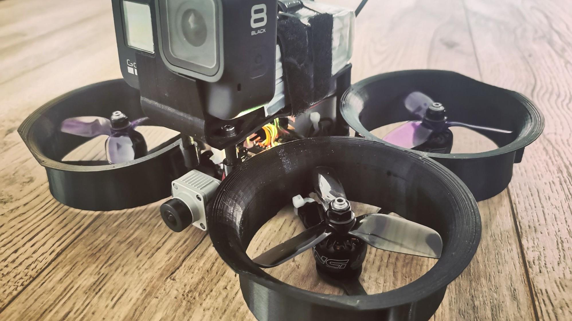 Représentation de la formation : Drone FPV - Cinéwhoop