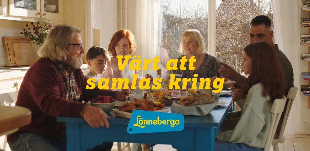"""Köksbordet spelar huvudrollen i Lönnebergas nya koncept """"Värt att samlas kring""""."""