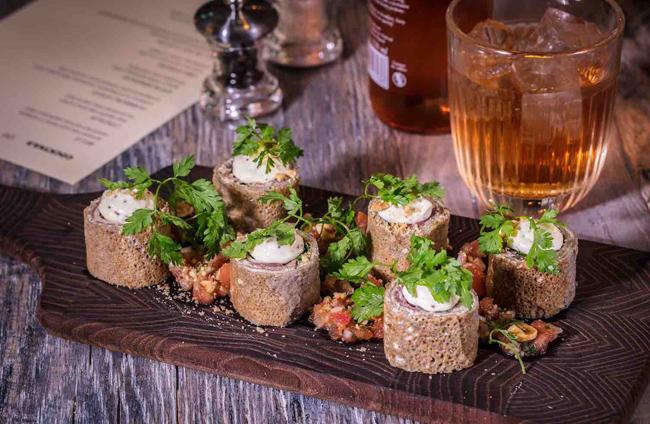 L'Ami Malo's Bayonne ham maki-style rolls