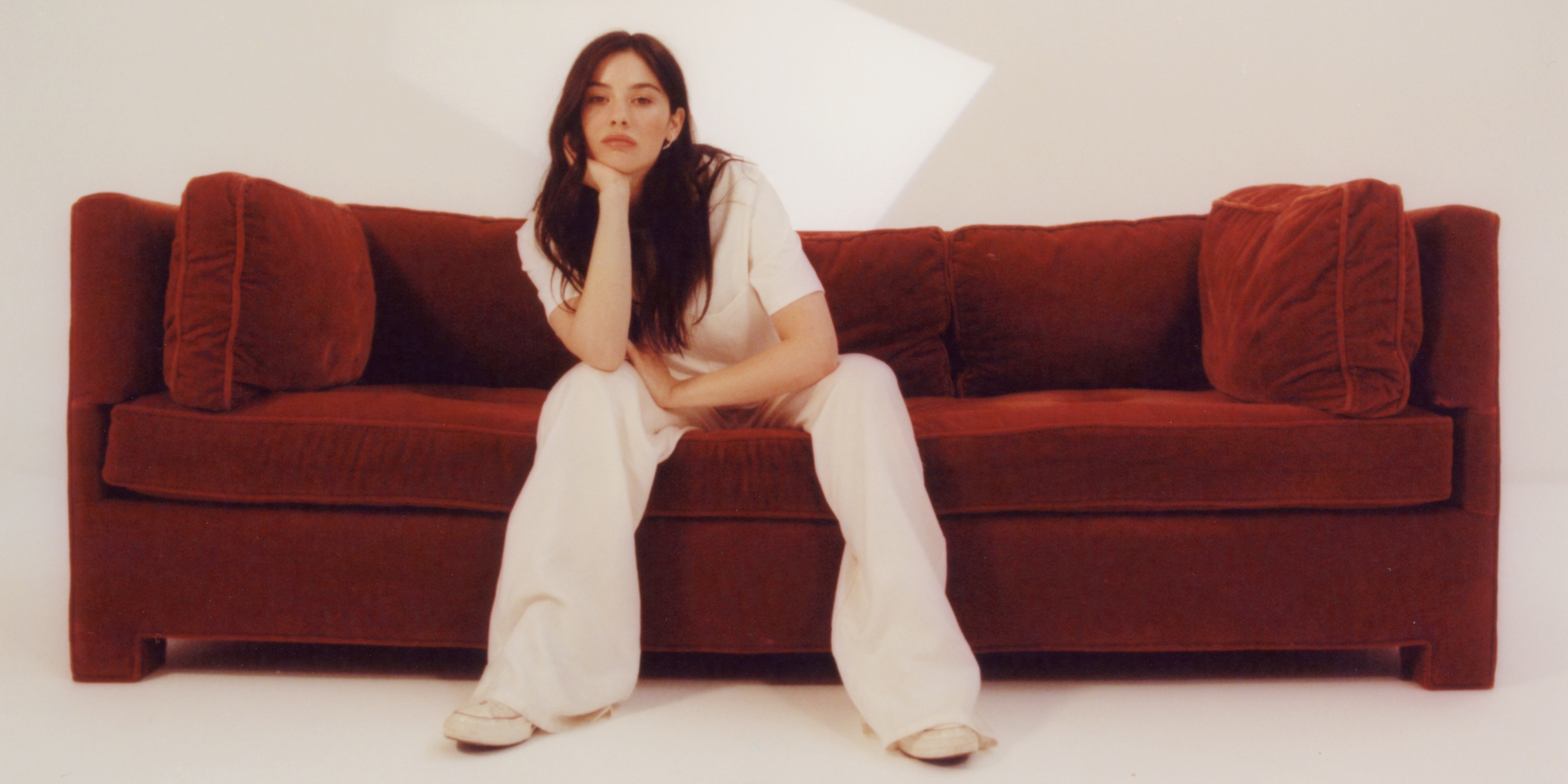 """""""I feel like I am the most vulnerable when it comes to my music."""" Gracie Abrams shares feelings on turning 21, quarantine, and songwriting"""