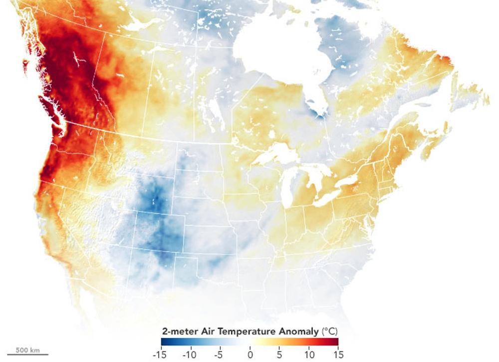 Avvikelser i lufttemperatur över Nordamerika den 27 juni 2021 jämfört med åren 2014–2020. (Wikimedia commons, 2021)