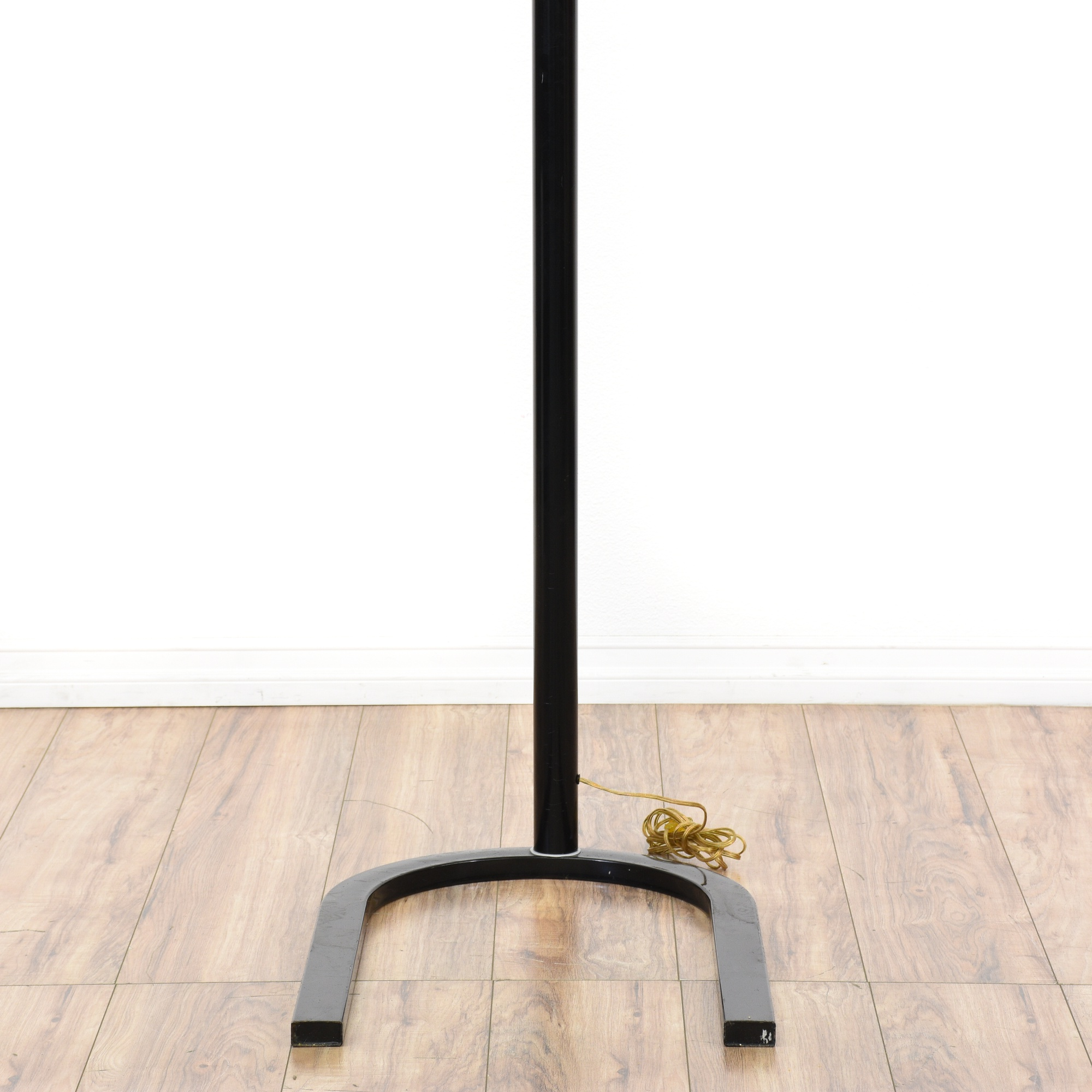 Modern Metal Floor Lamp: Contemporary Black Metal Arc Floor Lamp