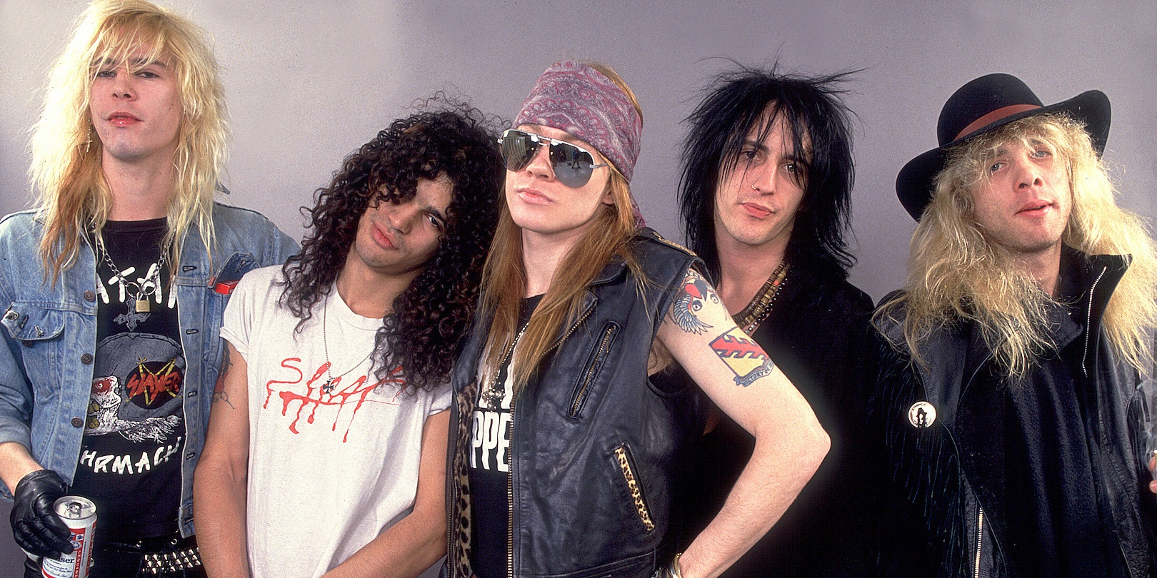 Guns N' Roses hint at new album