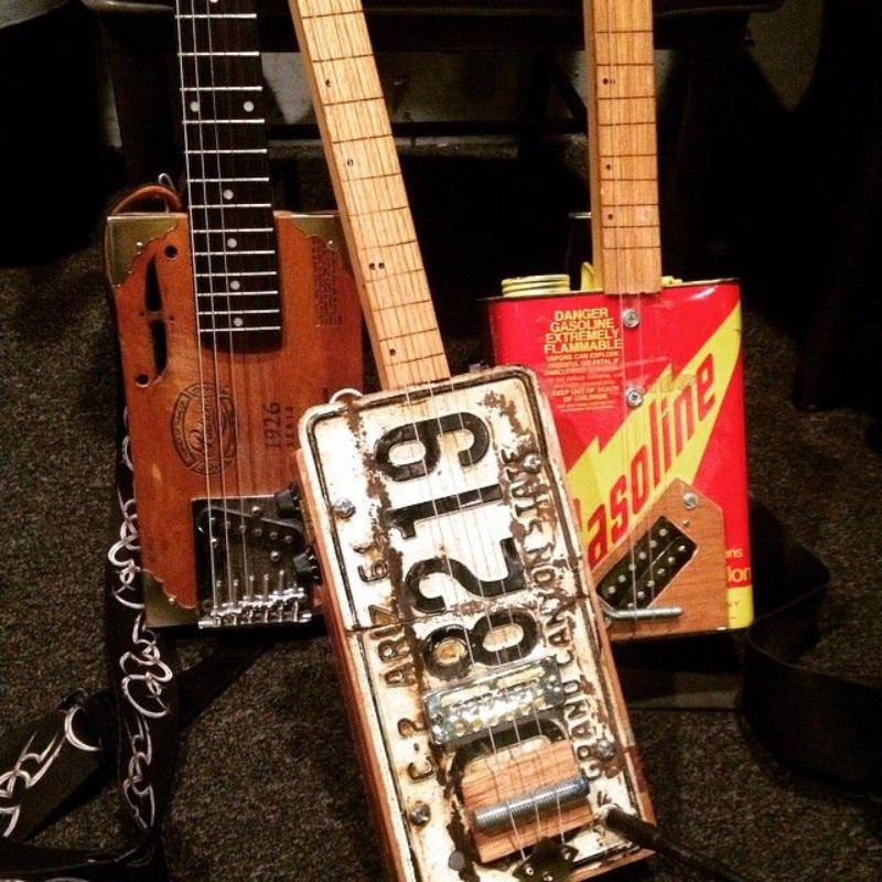 Lazy B Cigar Box Guitars/Shore Finds