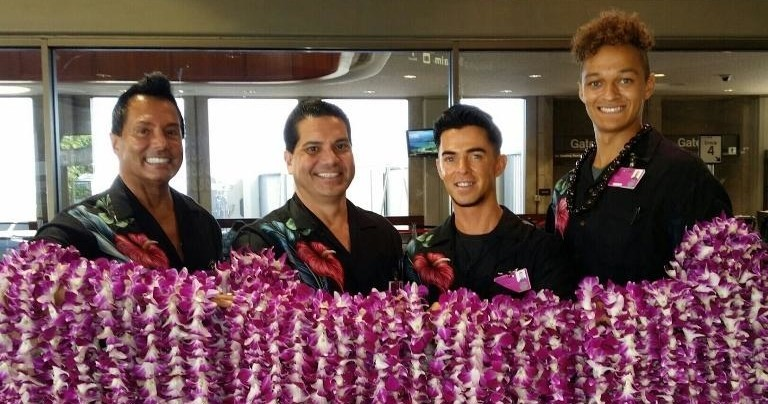 Airport lei greeting maui kahului leis of hawaii leis of hawaii airport lei greeting kahului maui m4hsunfo