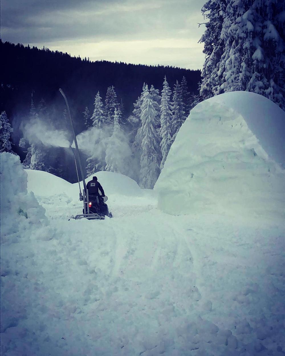 Snøproduksjon på Gålå. Foto: Gålå Alpin