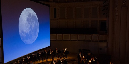 The Singapore Symphony Orchestra transports Man through 50 years of history since the first moon landing