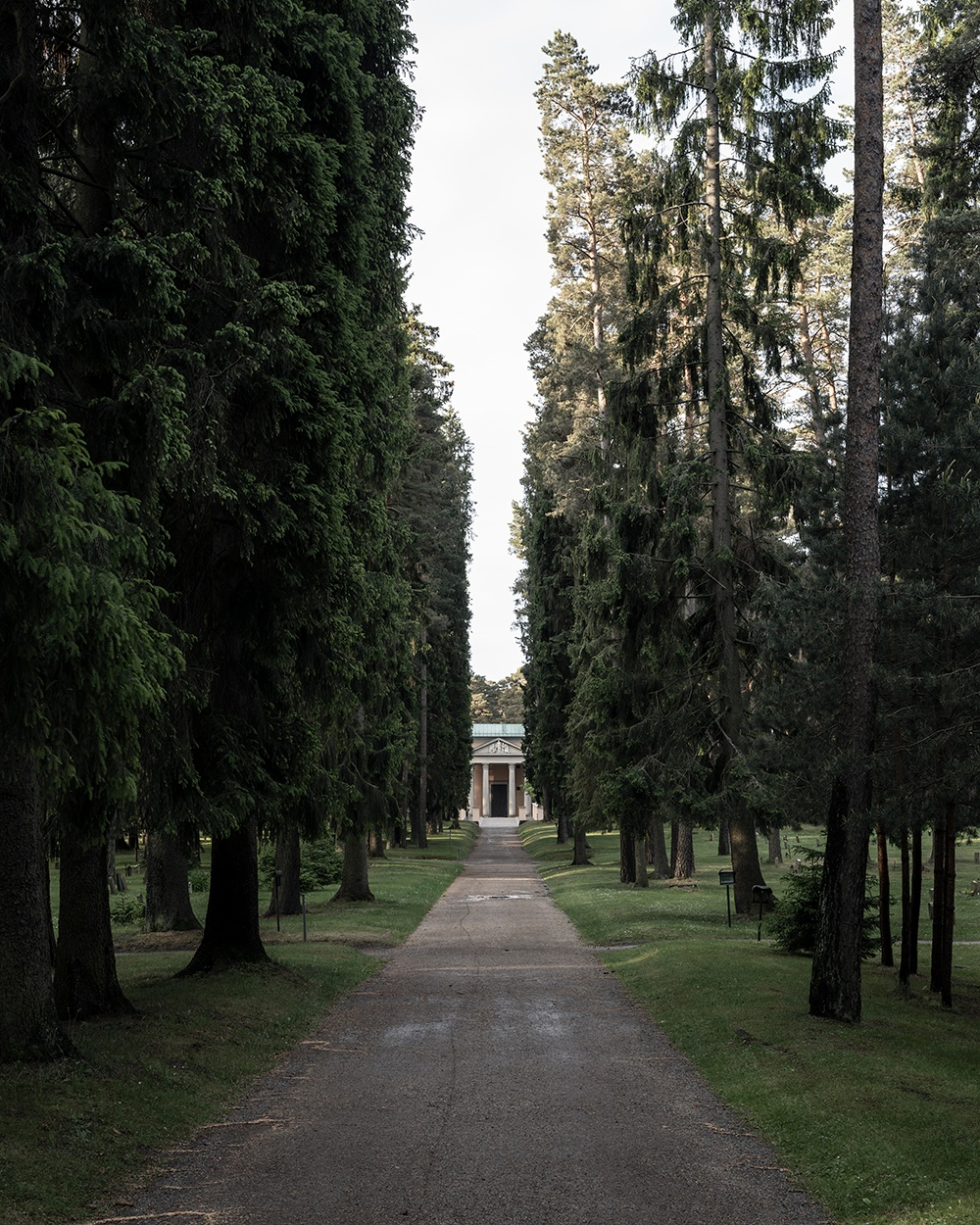 Seven Springs Way. The Woodland Cemetery, Stockholm.  Cred: Johan Dehlin.
