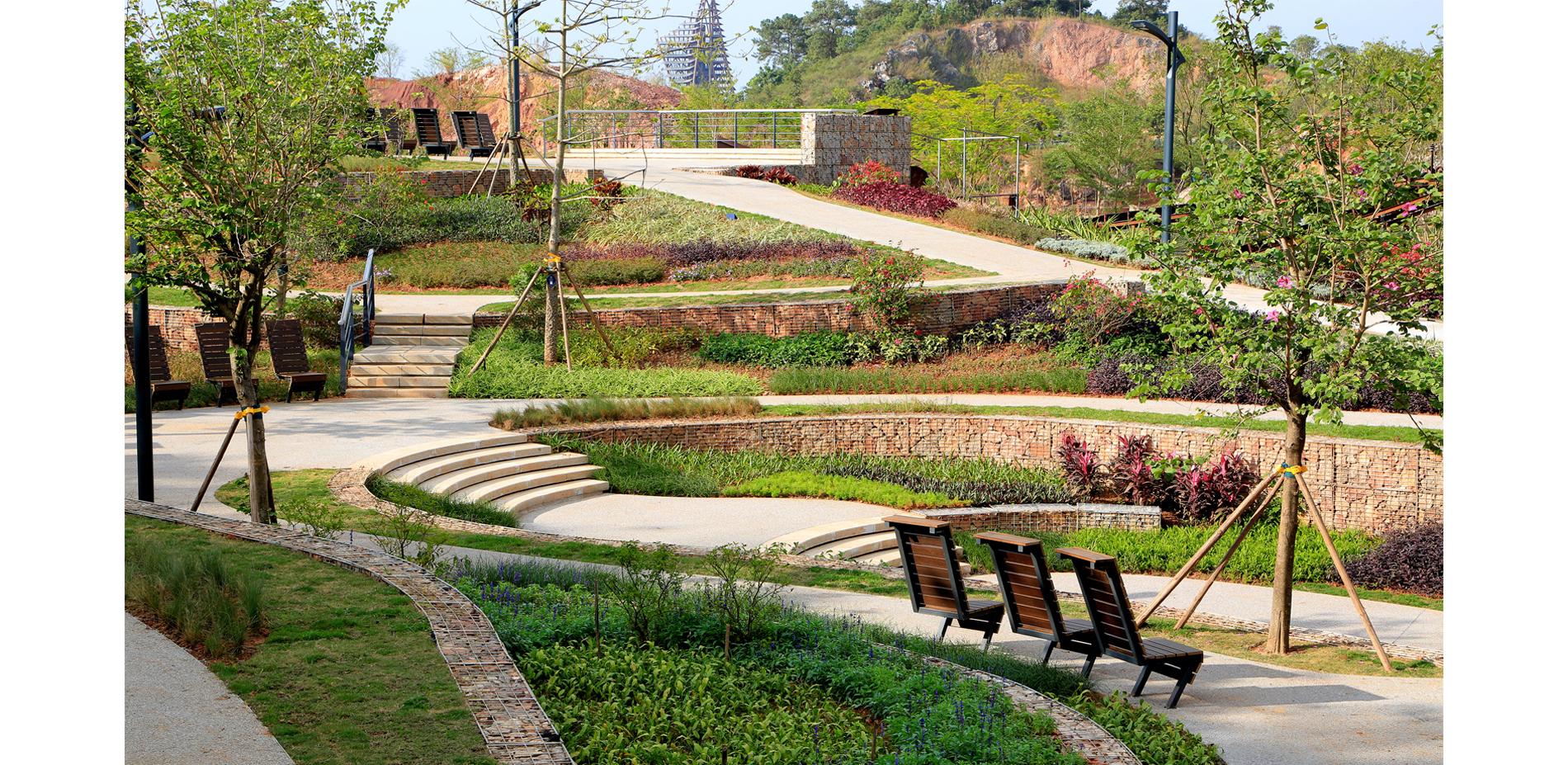Romantic and Gorgeous Garden (Quarry No. 6)