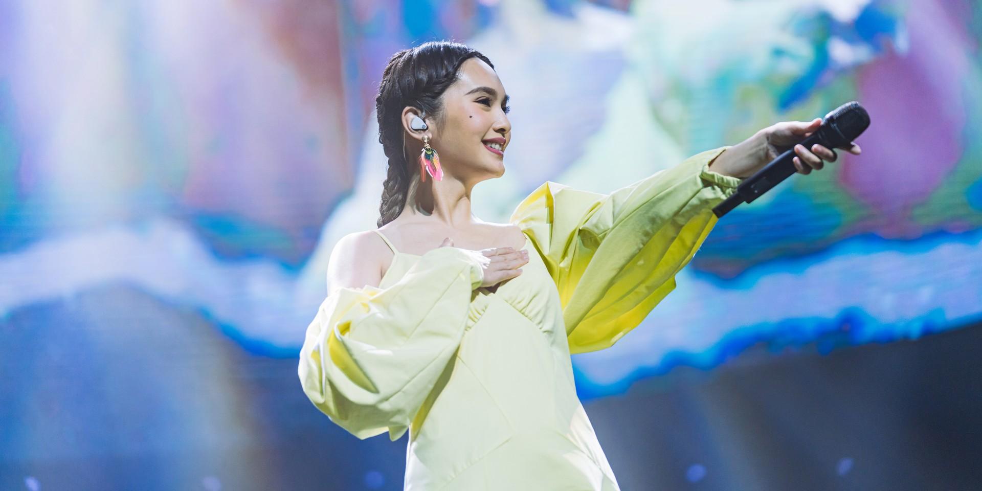 Rainie Yang evokes nostalgia at Singapore show – gig report