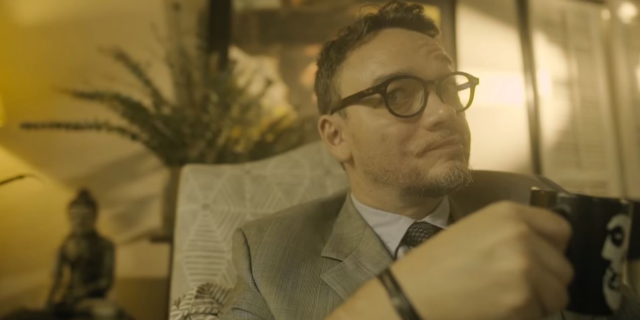 Basti Artadi plays therapist for Jobim Javier in 'Ayoko Lab Song' music video – watch