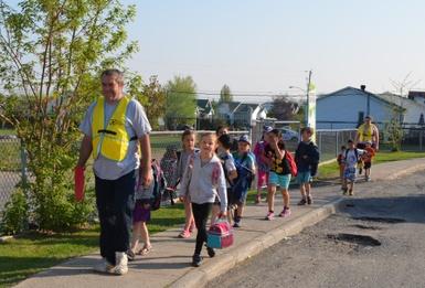 Le Trottibus en marche à l'école Notre-Dame-des-Bois-Francs