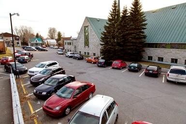 Fermeture temporaire du stationnement de l'église Saints-Martyrs-Canadiens