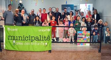 Saint-Louis-de-Blandford devient Amie des enfants et adopte sa nouvelle politique