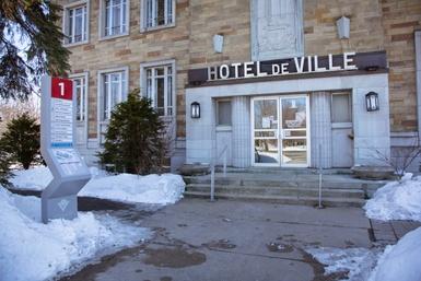 Accès au public fermé dans les bureaux administratifs de la Ville de Victoriaville