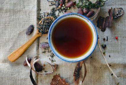 TVR: Venez prendre le thé au presbytère