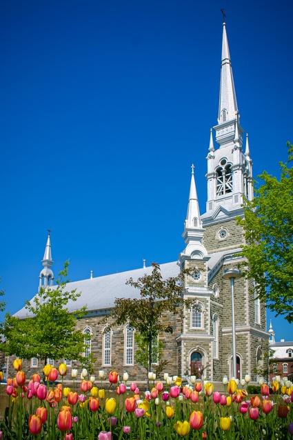 Extérieur de l'église Ste-Victoire (crédit: Guy Samson)