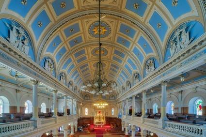 L'intérieur de l'église Ste-Victoire (crédit: Guy Samson)