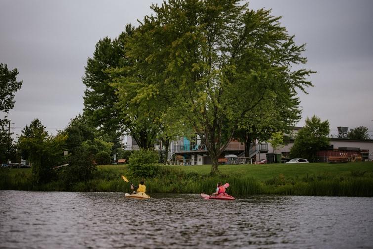 TVR: Canot et kayak en  plein coeur de la ville - Crédit photo: Les Maximes