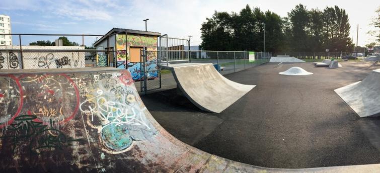 Fermeture préventive des modules de jeux, parcs canins et du skatepark extérieur