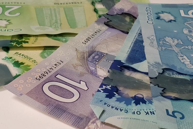 COVID-19: Aide financière pour les entreprises en zone rouge