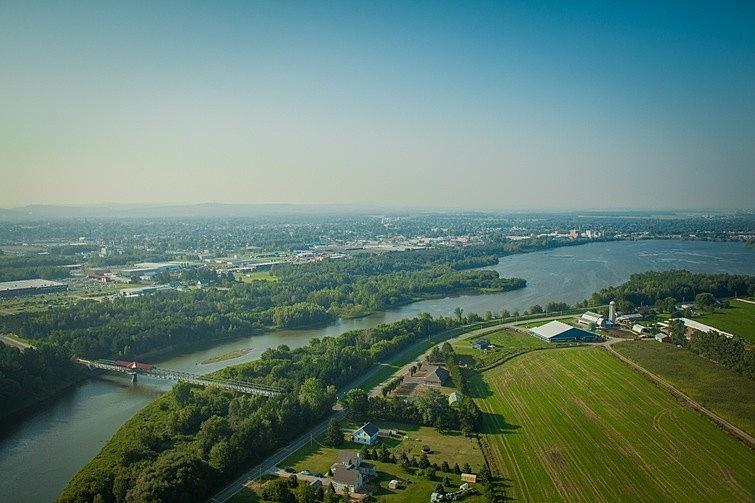 Le gouvernement du Canada a annoncé le 7 août 2019 un investissement de 16 millions de dollars à la réalisation du projet de protection et sécurisation de l'approvisionnement en eau potable du réservoir Beaudet, montant s'ajoutant aux 8 millions de dollars qu'investira la Ville de Victoriaville. Les discussions se poursuivent avec le Gouvernement du Québec pour compléter le financement estimé à 40 millions de dollars.