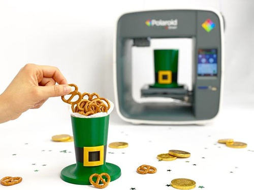 Happy Saint Patrick's Day! Always looking for the pot of gold... but we'll settle for snacks 🥨😋 Created with the Polaroid PlaySmart 3D Printer: https://www.polaroid.com/products/playsmart-3d-printer #NationalCraftMonth