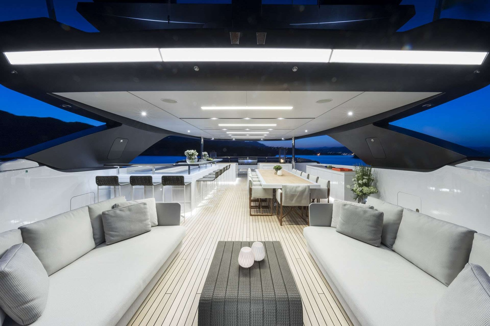 Luxury Yacht Rental
