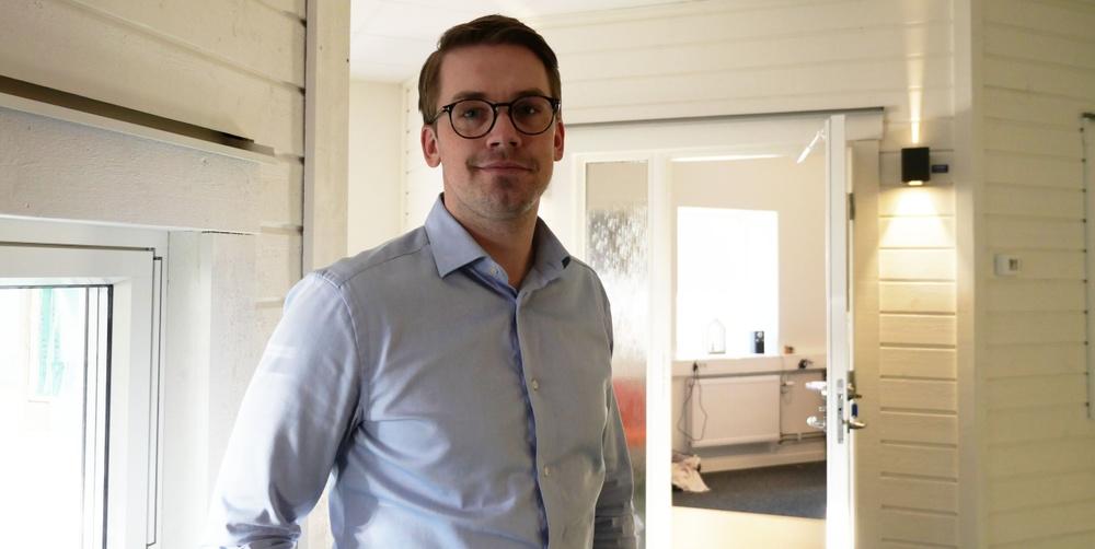 """""""Vi gillar utveckling och ser det som en självklarhet eftersom byggbranschen behöver en förändring"""", säger Huspartners vd Fredrik Persson."""